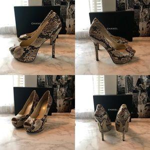 Snake Skin Peep Toe Heels Size 7